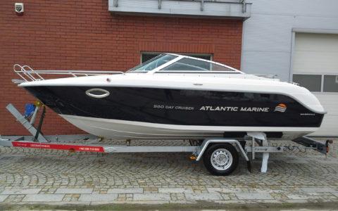 Atlantic Marine 580 Day Cruiser
